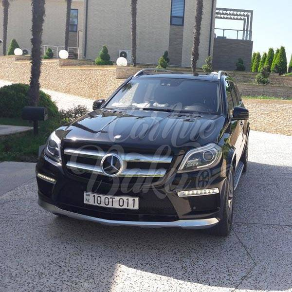 Mercedes-Benz GL500 AMG | Car rental in Baku, Azerbaijan