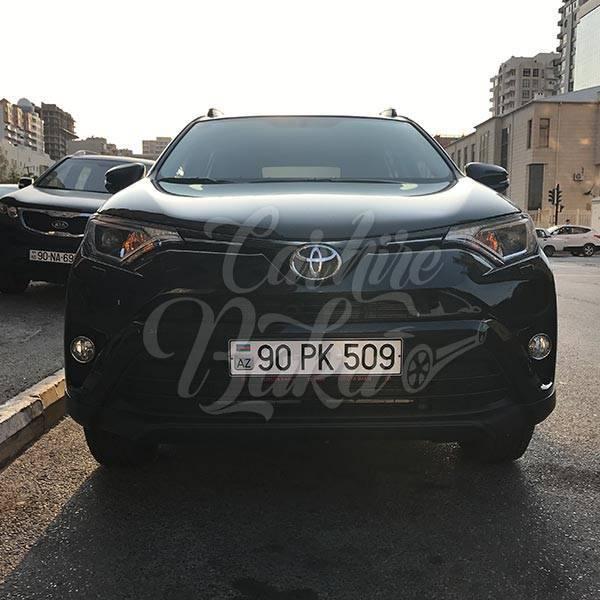 Toyota RAV4 | Машины на прокат в Баку, Азербайджане