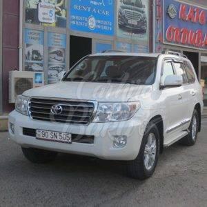 Toyota Land Cruiser 200R | Car hire deals in Baku, Azerbaijan