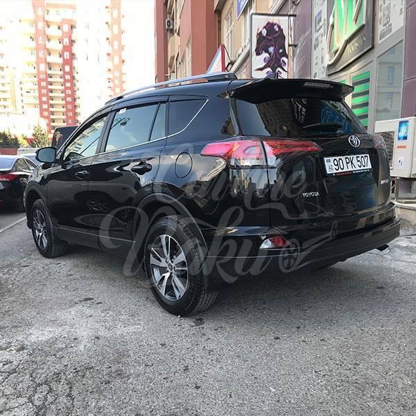 Toyota RAV4 | Offroader class rental cars in Baku, Azerbaijan