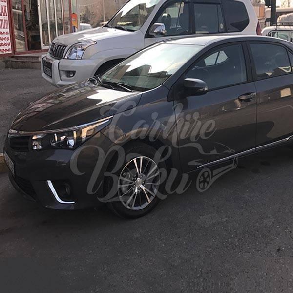 Toyota Corolla | Прокат машин эконом класса в Баку, Азербайджане