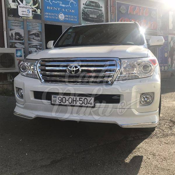 Toyota Land Cruiser 200R | Car hire deals in Baku, Azerbaijan