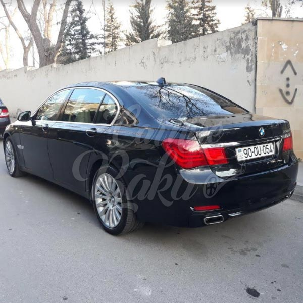 BMW 750 | VIP class rental cars in Baku, Azerbaijan