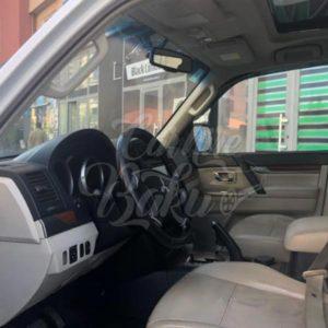 Mitsubishi Pajero / Yolsuzluq Klass Arenda Masinlar