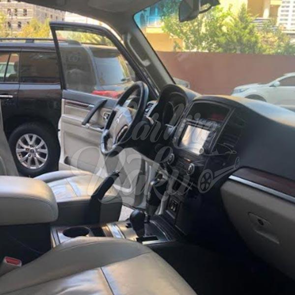 Mitsubishi Pajero / SUV класс Аренда авто в Баку