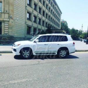 Lexus LX570 / car rental Baku / avtomobil kirayesi / аренда машин в Баку